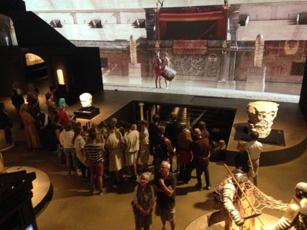 Det store filmlæred, som viste en fortælling om Gladiatorenes liv.
