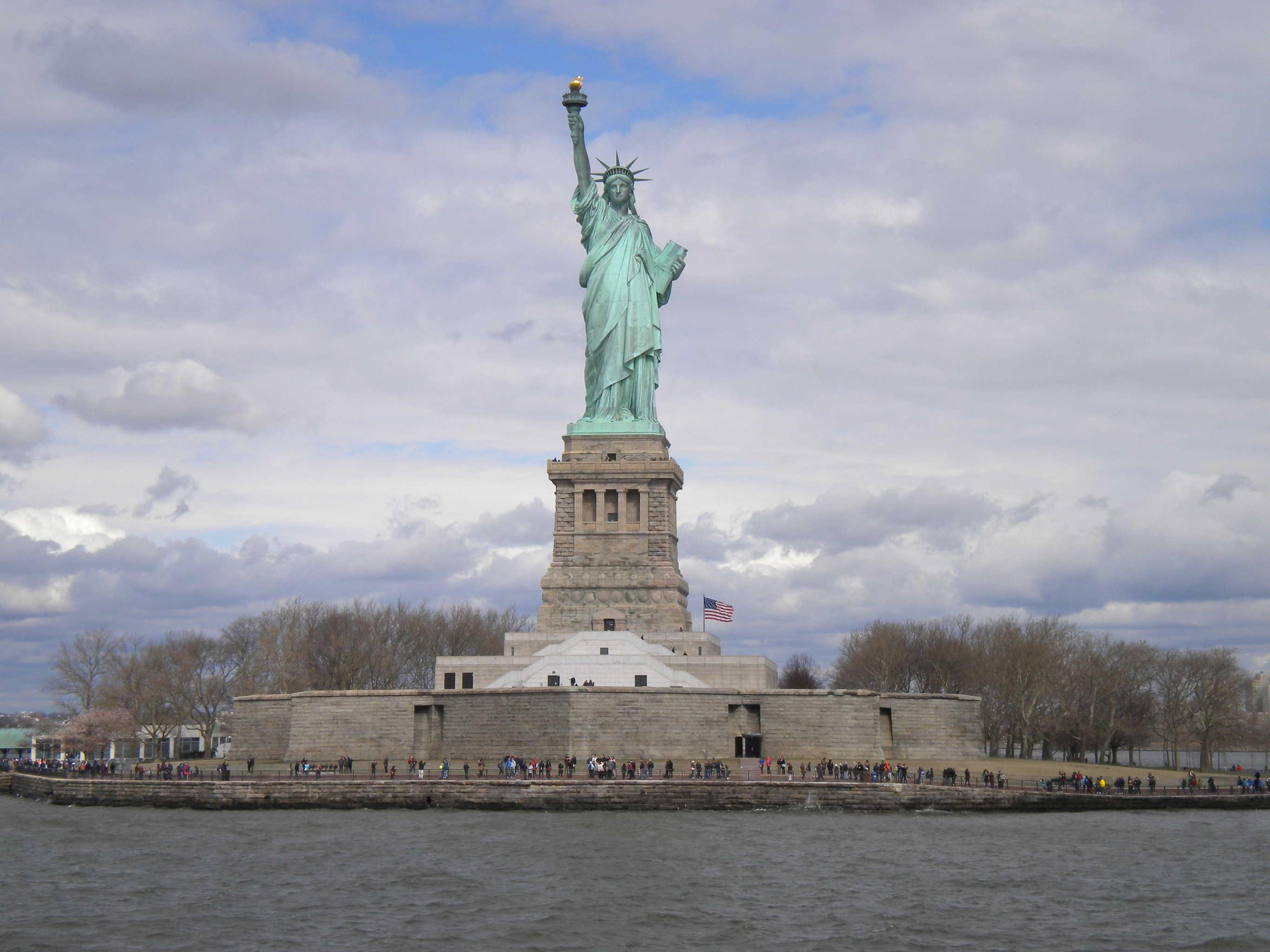 Kvinden Og Symbolet Pa Den Amerikanske Drom Skyclear Dk